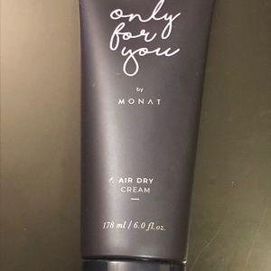 Monat, Brand New, Air Dry Cream